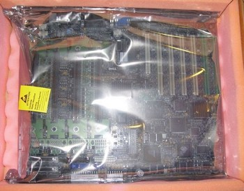 Dell System Board CZ0F3262-44573-259-3Y7D